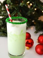 10 Christmas cocktails that are too pretty to drink