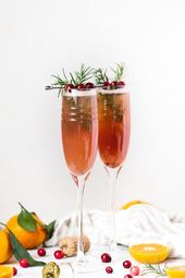 Fruit-flavored champagne cocktail recipes year-round drinks